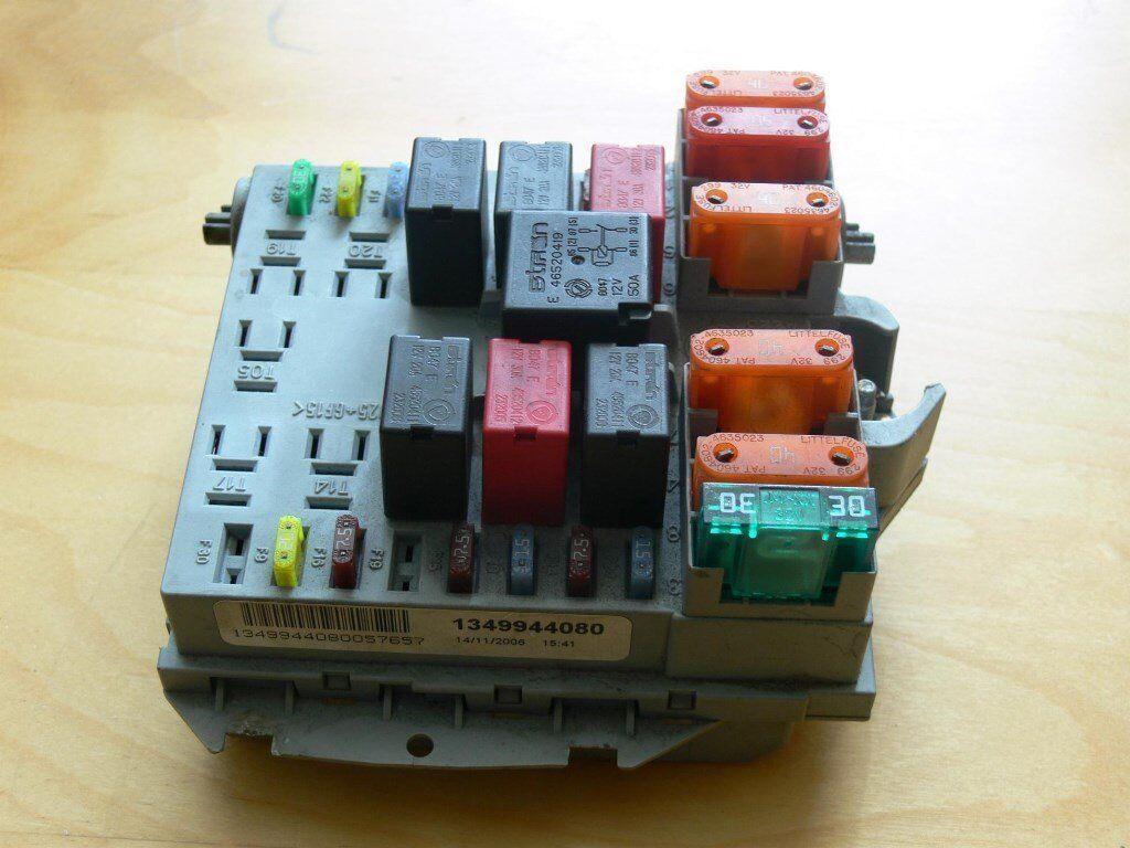 hight resolution of citroen relay fuse box location