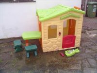 Little Tikes Picnic On The Patio Playhouse - Roundhay Park ...