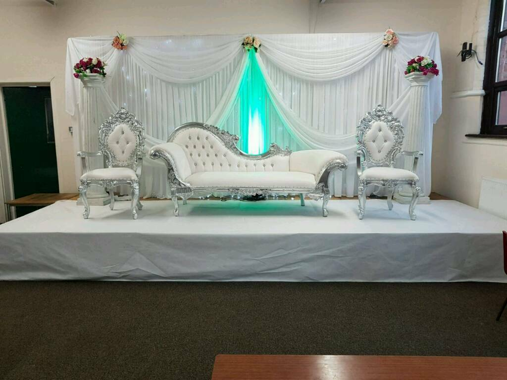 chair cover hire yorkshire lift repair asian wedding stages mehndi covers walkways centrepieces for leeds west https i ebayimg com 00 s nzy4wdewmjq