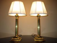 PAIR OF VINTAGE SOLID BRASS CORINTHIAN COLUMN TABLE LAMPS ...