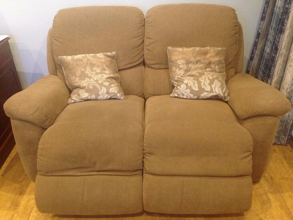 two seater recliner sofa gumtree navy blue sectional with white piping lazy boy 2 electric in alwoodley west