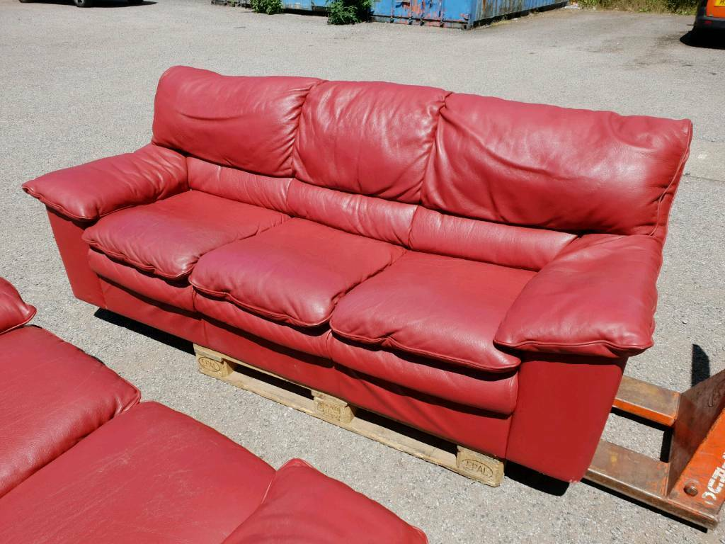 red leather two seater sofa purple velvet sale 3 and 2 in cardiff gumtree