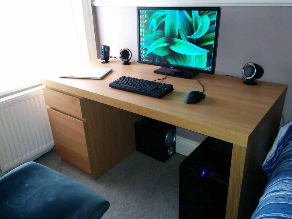 IKEA Malm desk in oak Solid condition  in Petersfield