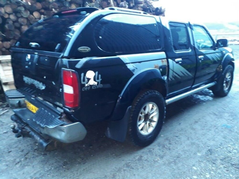 medium resolution of breaking black 2005 nissan navara d22 yd25 outlaw manual 4x4 double cab parts spares