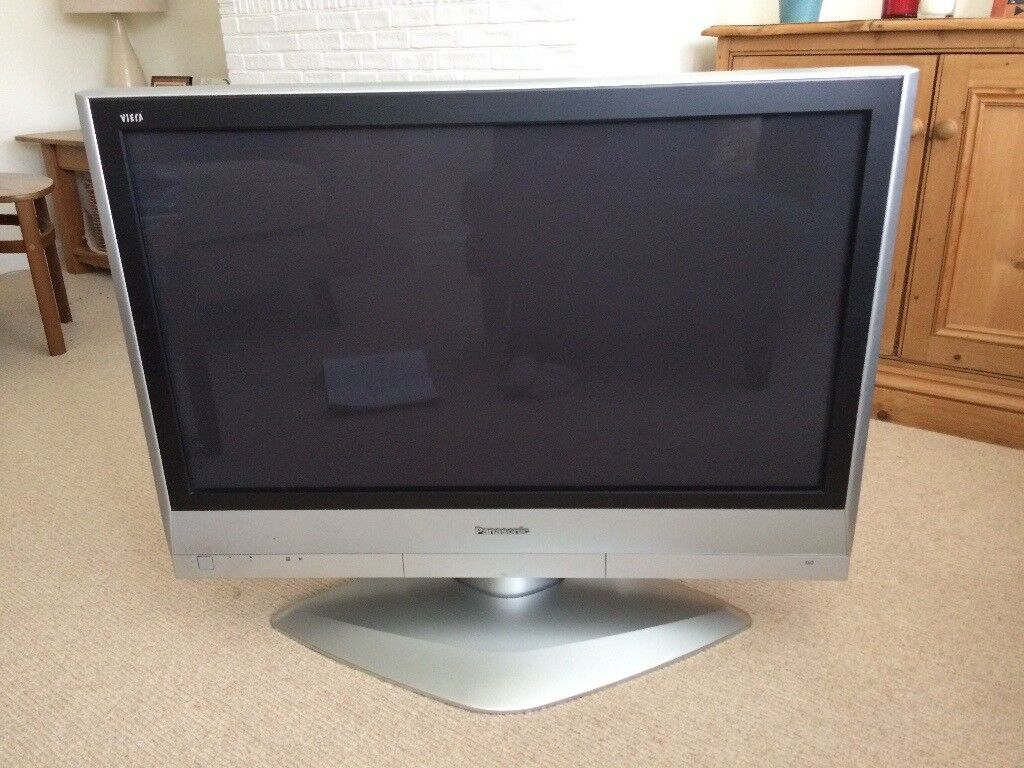 Panasonic Plasma Viera 37 inch TV TH-37PX60B with remote control & operating instructions | in Chichester, West Sussex | Gumtree