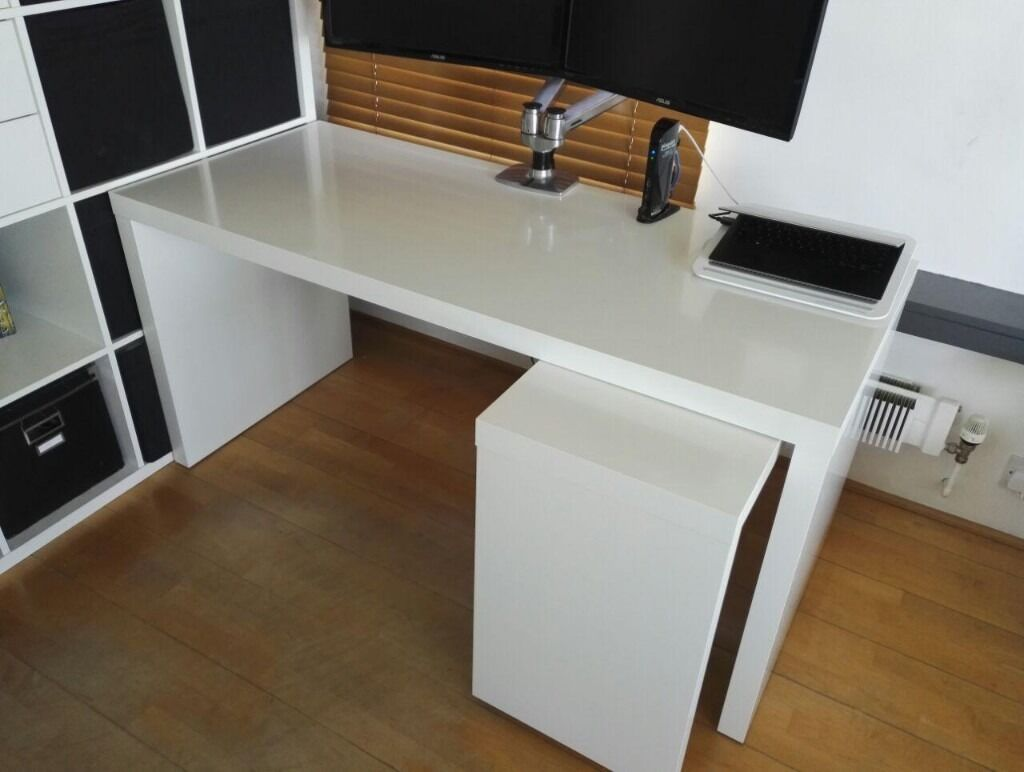 White IKEA MALM desk with pull out panel  in Chelsea
