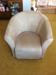 swivel chairs kijiji peterborough hanging chair craigslist buy or sell recliners in