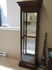 Curio   Buy or Sell Hutchs & Display Cabinets in Toronto ...