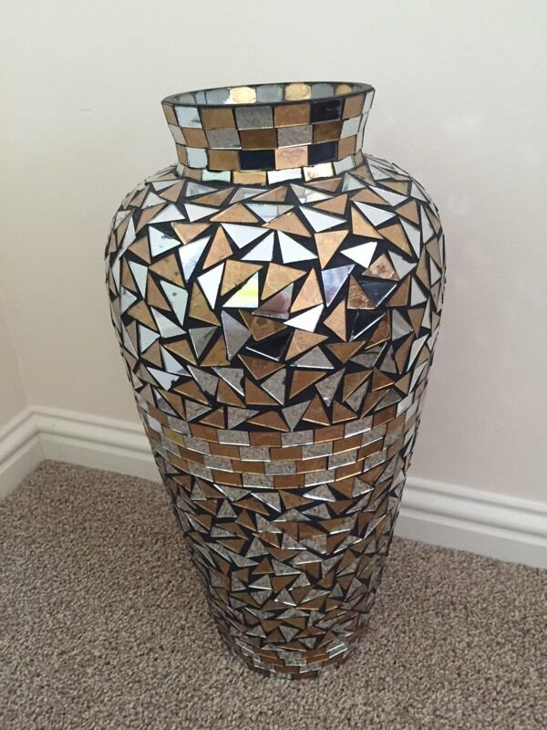 Large vase jar urn mosaic mirror pattern 19 tall  in Inverness Highland  Gumtree