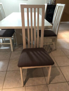 oak kitchen chairs fall decor buy new used goods near you find everything solid table