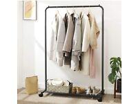 https www gumtree com wardrobes shelving storage london clothes rack