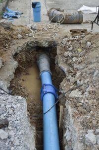 How to Repair an Irrigation Pipe