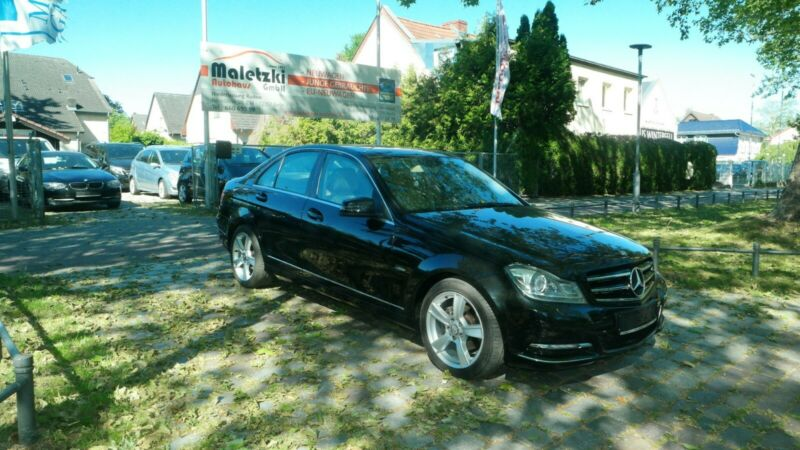 Mercedes-Benz C 180 CGI Elegance BlueEfficiency*Bi-Xenon*PDC*