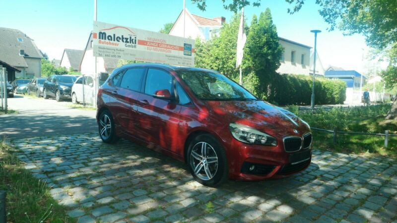 BMW 216d Active Tourer*Panorama*Navi*El.Klappe*1.Hd*