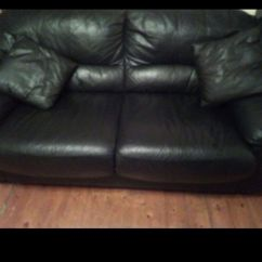Black Leather Sofa Paint Reviews Lovely Make An Offer I Cant Refuse In Luton