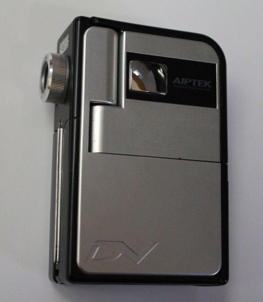 Aiptek Pocket DV 5900 Pocket Camcorder