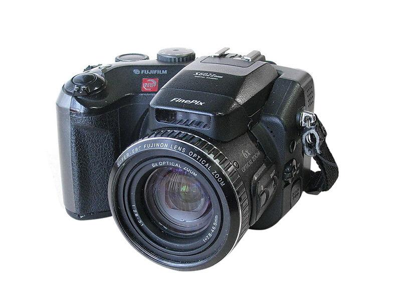 Fujifilm S602 Zoom Vs. Canon 85 IS / PowerShot Digital ELPH SD770 IS   eBay