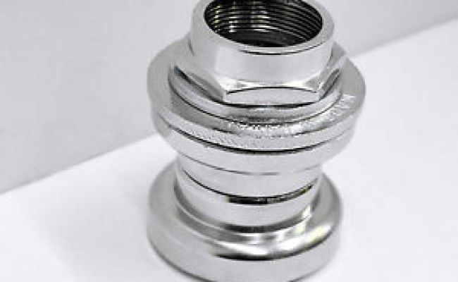 """headset seal 1/"""" inch  for stem 22,2mm NOS  Y.S.T"""