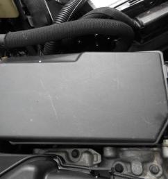 renault kangoo fuse box in engine bay 1 6 ltr petrol auto x76 08 04 09 10 [ 1600 x 1200 Pixel ]