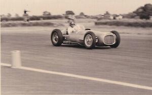 E.R.A. G-TYPE, DRIVER S.MOSS, THE FORMULA LIBRE RACE SILVERSTONE 1952 PHOTOGRAPH