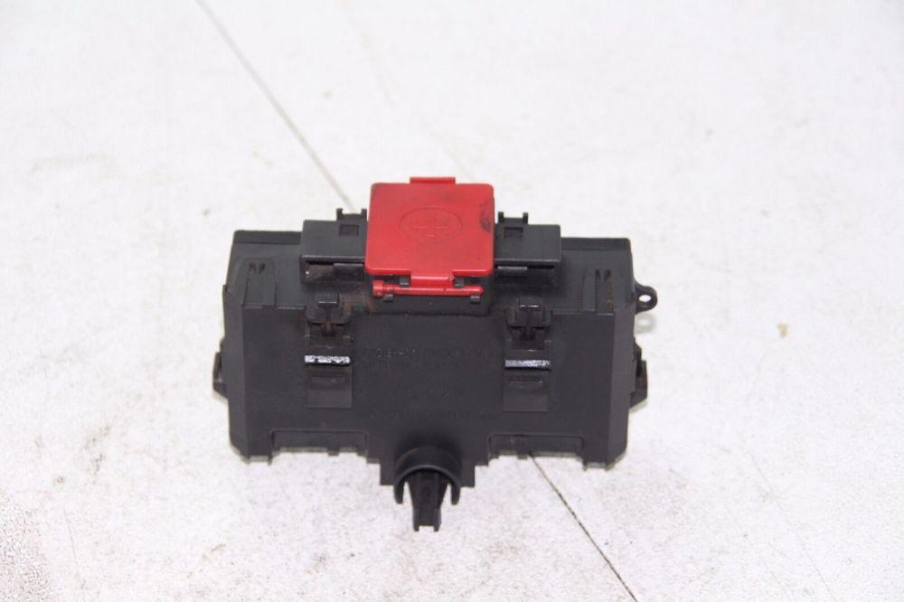 medium resolution of mercedes clk320 petrol w209 battery terminal fuse box a2035450803