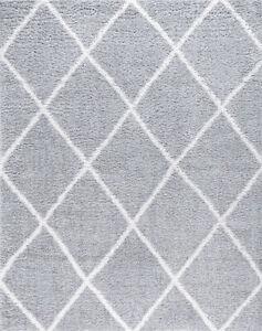 Gray Grid Diamonds Repeated Blocks Shag/Flokati Area Rug