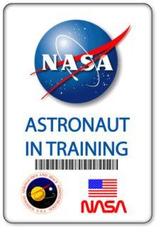 NAME-BADGE-HALLOWEEN-COSTUME-PROP-NASA-ASTRONAUT-IN-TRAINING-MAGNETIC-BACK