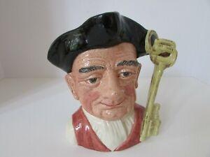 ROYAL DOULTON LARGE TOBY JUG GAOLER FROM CHARACTER JUG FROM WILLIAMSBURG D6570   eBay