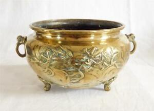 LARGE ANTIQUE 19TH CENTURY CHINESE BRONZE CENSER WITH DRAGONS IN RELIEF c1860