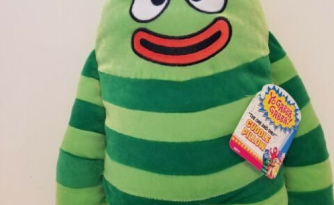 Yo Gabba Gabba Cuddle Pillow Brobee New With Tags 18 Inch