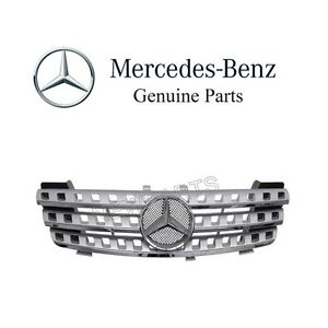 For Mercedes W164 ML320 ML350 Front Center Grille Assembly