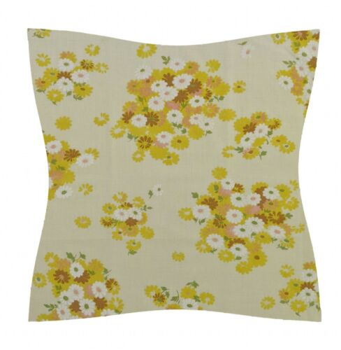Dream shabby chic living room designs decoholic. Home Decor Pillows Country Cottage 16 1960 70 S Yellow Vintage Floral Cushion Cover Shabby Chic Home Garden