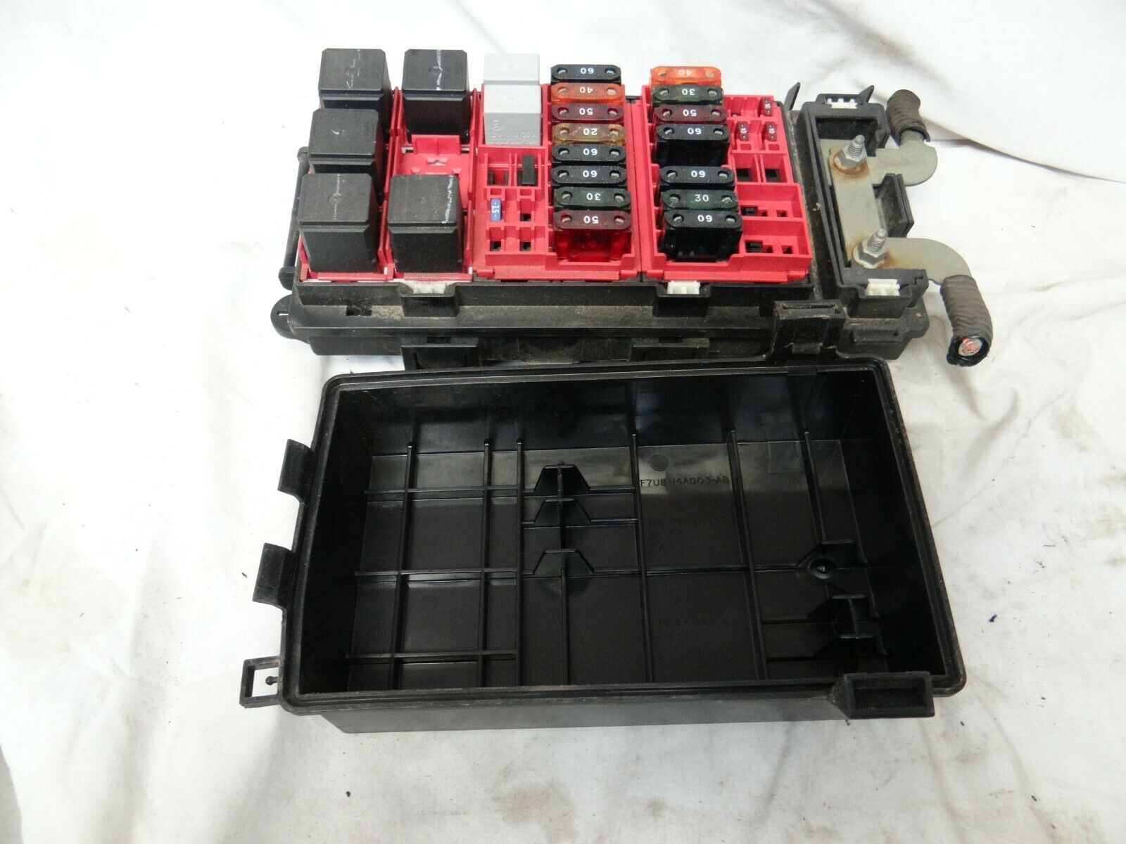 hight resolution of ford e150 engine fuse box relay junction block 98 99 00 01 1998 1999 2000 2001 for sale online