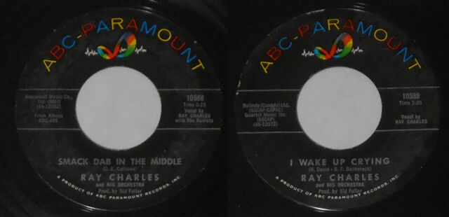 Ray Charles - Smack Dab In the Middle/I Wake Up Crying - U.S. 7