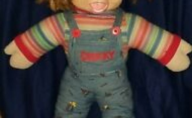 1996 Childs Play Chucky Doll 24 In Universal City Studios