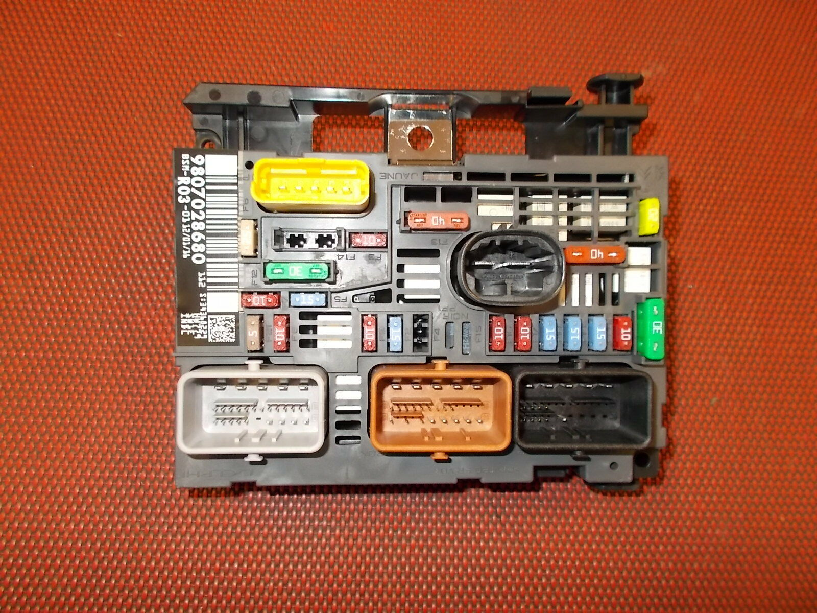 hight resolution of fuse box peugeot expert van