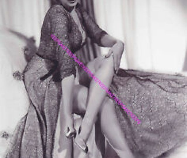 Image Is Loading Actress Yvonne De Carlo  Lily Munster