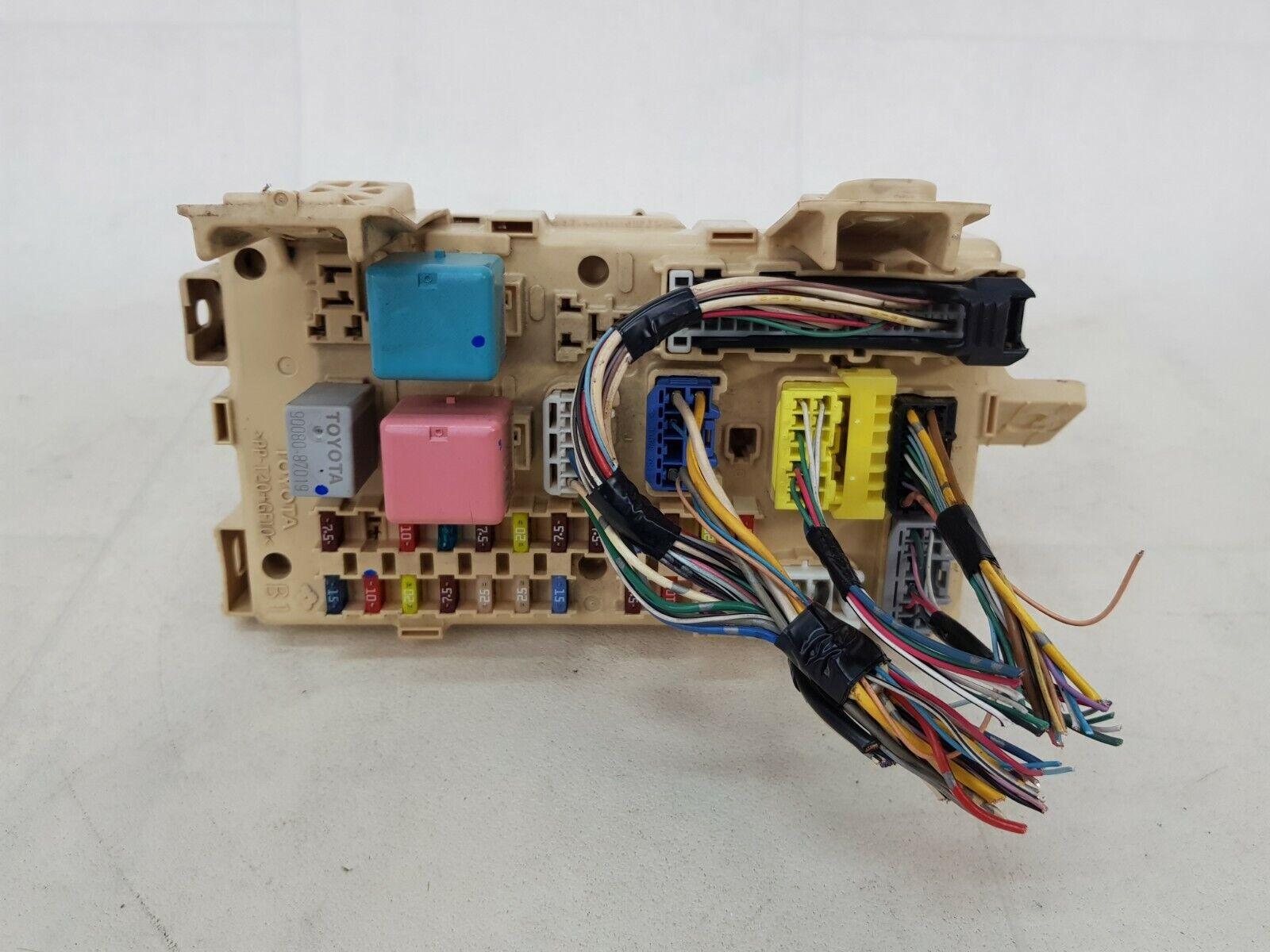 hight resolution of relay fuse box corolla verso