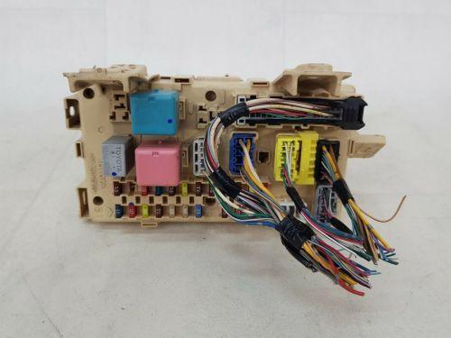 small resolution of relay fuse box corolla verso