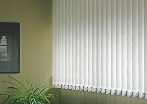 Telo in pvc realizzato su misura con rinforzo sui lati e occhiellatura ogni 50 cm per esterno. Tende Verticali Su Misura Oscuranti In Pvc Ignifugo Ebay