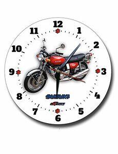 SUZUKI GT750 MOTORCYCLE LARGE 250MM DIAMETER ENAMEL FINISH