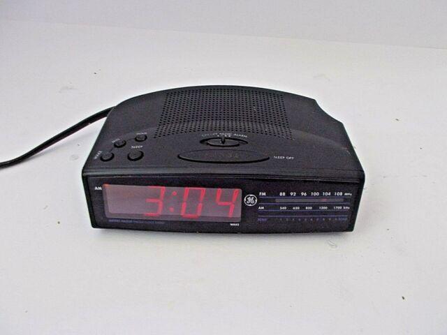 Am Fm Radio Alarm Clock Snooze 9v