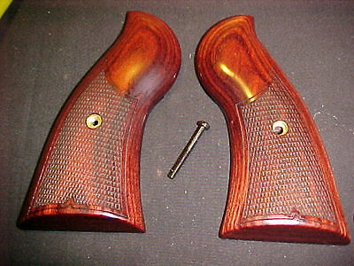Ruger Redhawk Revolver Checkered Rosewood Grips W Grips