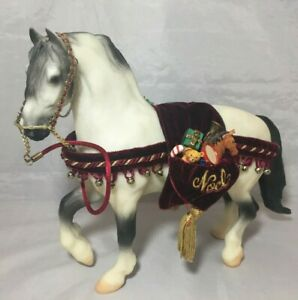 1999 Breyer Jack Frost Christmas Horse & Costume #700499 Made in USA | eBay