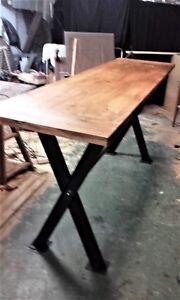 details sur grande table haute mange debout bois et acier industrielle