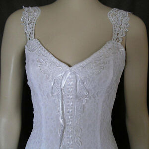White Elegant Lace Casual Beach Western Wedding Dress