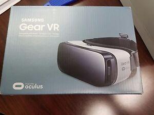 SAMSUNG GEAR VR Virtual Reality Headset Glasses NEW - FREE 6 GAME BUNDLE | eBay