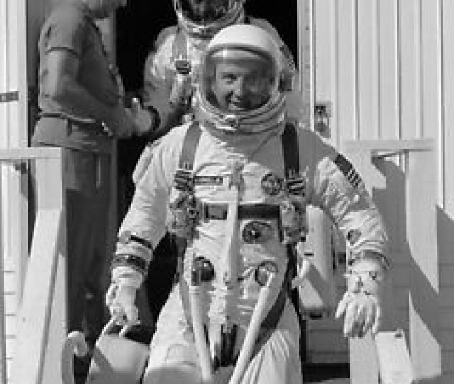 Image Is Loading Gemini 12 Jim Lovell And Buzz Aldrin Leave