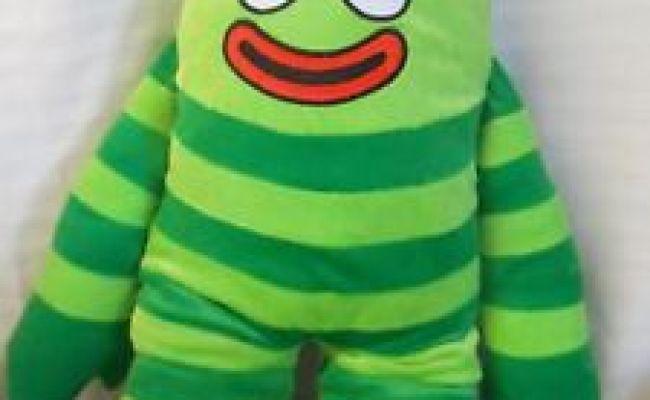 Yo Gabba Gabba Brobee Plush Pillow Cuddle Pal Green