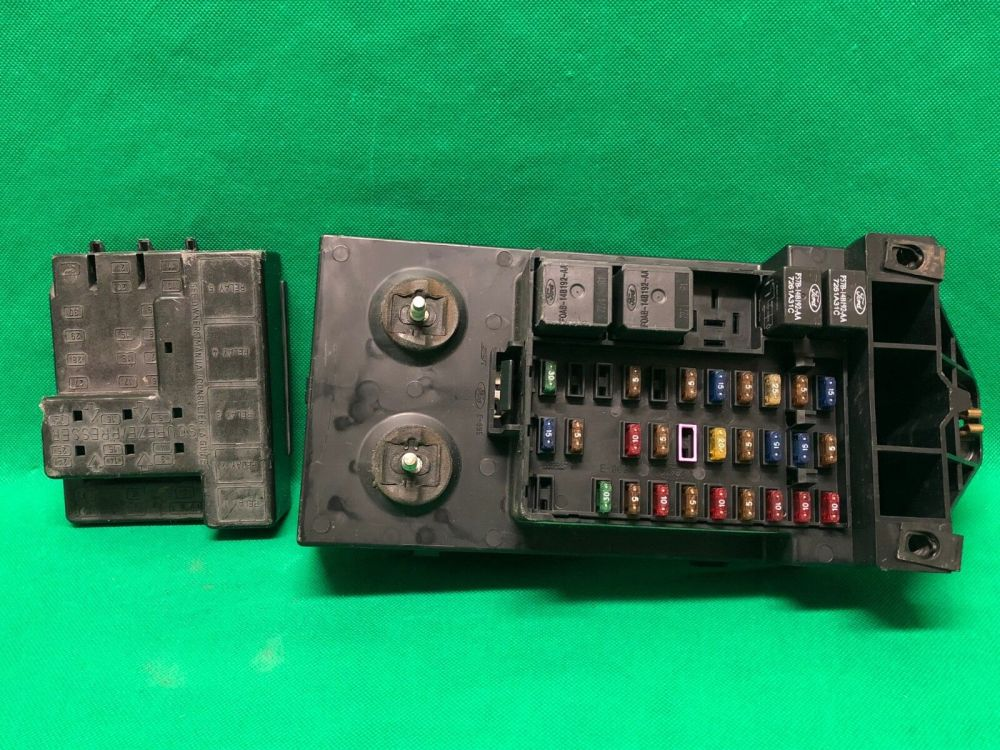 medium resolution of 1998 98 ford f250 f150 truck interior fuse box relay fusebox f85b 14a067 aa for sale online